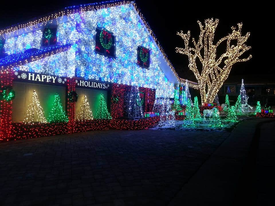 Most Spectacular Christmas Light Displays in the Denver Area - Mile ...